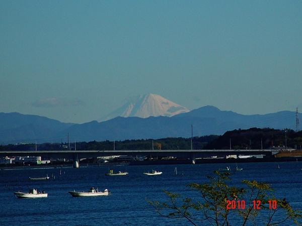 ガーデンパークから望む富士山