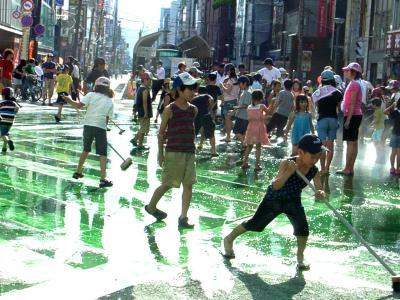 大通り水遊び 3 縮小