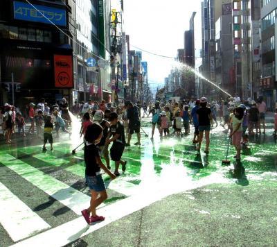 大通り水遊び 4縮小