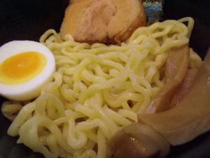 11012920破天・辛味噌つけ麺 麺丼アップ