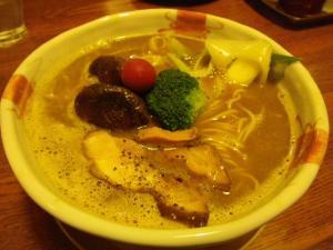11020620あってりめん・鶏と煮干のデュエット『東京砂漠のかたすみで』 880円