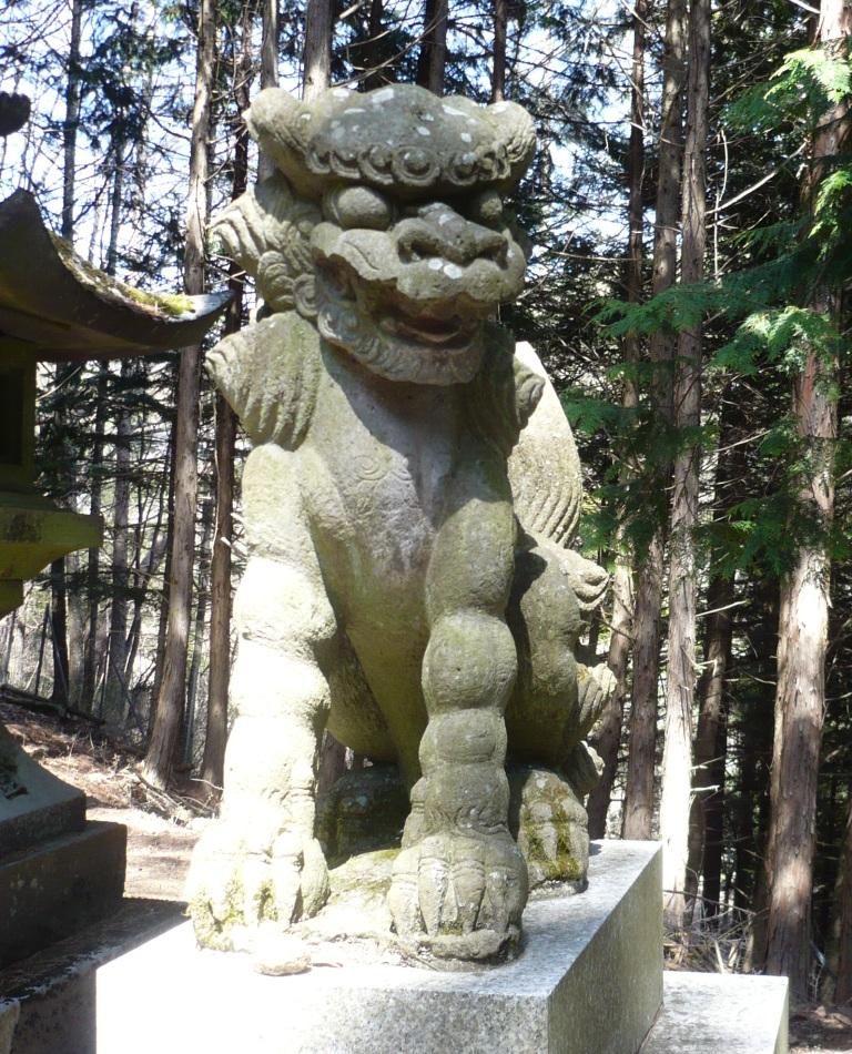 守屋神社狛犬阿