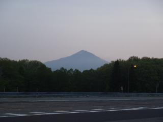 朝焼けの磐梯山