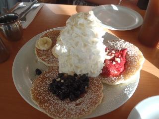ホイップクリームパンケーキ・サンプラー