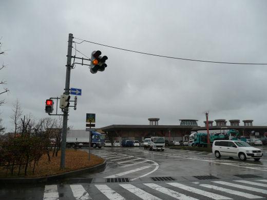 射水市・道の駅入口交差点(立体交差北側北向き風景、10.3下旬)