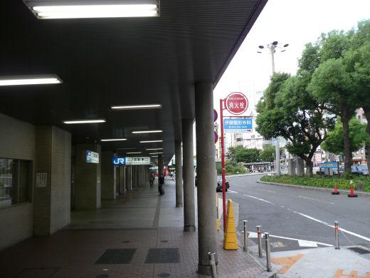 神戸市・JR三ノ宮駅(駅東口北側、10.9.1)
