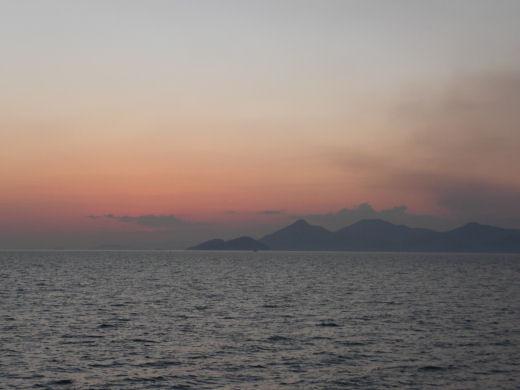 倉敷市・玉島黒崎方向風景(玉島ハーバーアイランドより その2、10.12上旬)