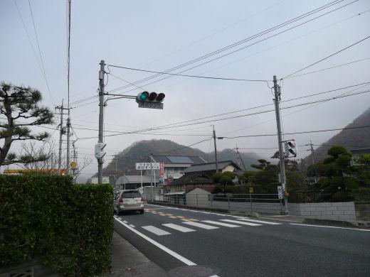 総社市・美袋579番地信号(北向き風景、10.12上旬)
