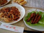 昼ご飯は雅点舫で三丝両面黄に熱豆漿と串串串で会食