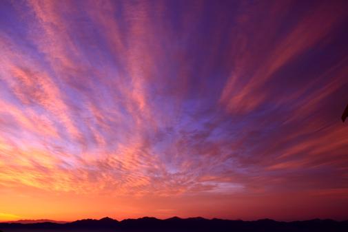 6月25日・朝焼け雲と南アルプス連峰