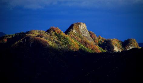 内山峠から望む立岩夕景