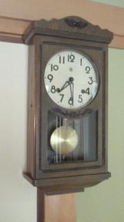 サロン 時計