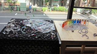 M&M アクセサリーと開運占いカフェで使用のTCカラーボトル