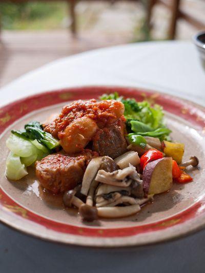 、ロプチューティーガーデン八ヶ岳店 豚肉のパプリカ煮