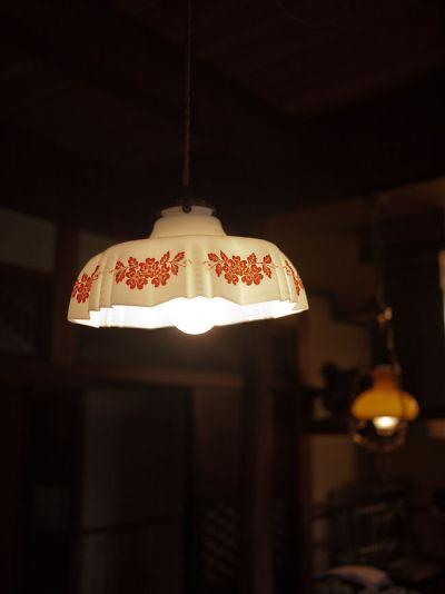 和蔵珈琲店 店内の照明機器