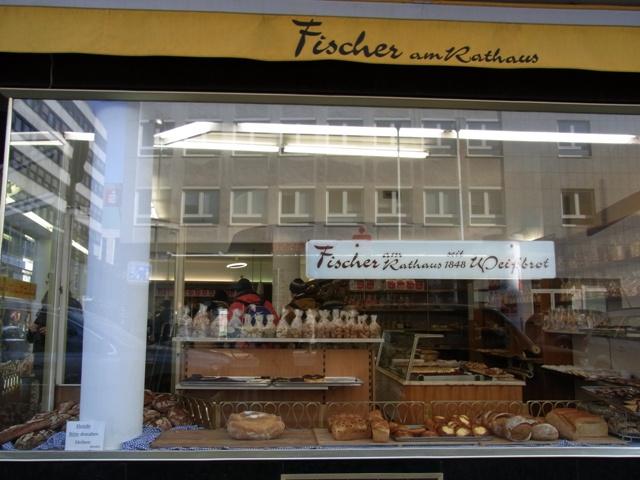 ドルトムントの老舗パン屋さん Fischer
