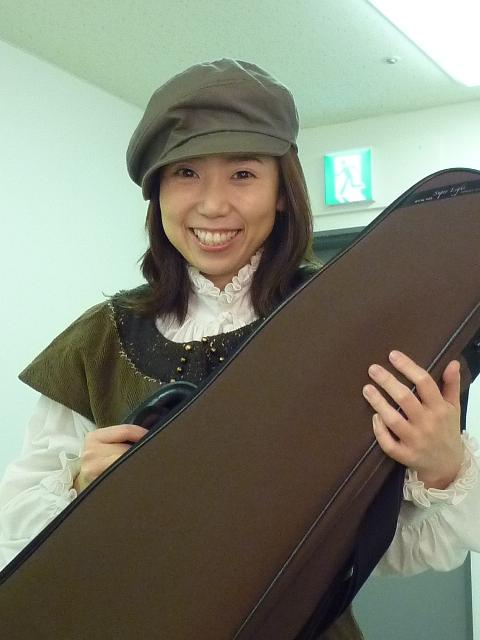 ヴァイオリンの氏川恵美子ちゃん♪