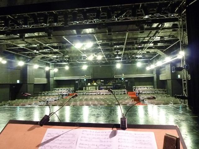 舞台から見た会場はこんな感じ