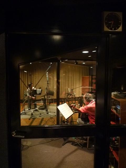 レコーディングスタジオ内…