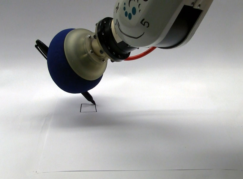 robot gripper made from coffee grounds and balloon