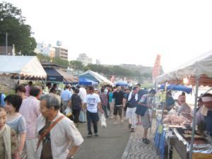 京橋朝市。