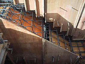階段の中身1