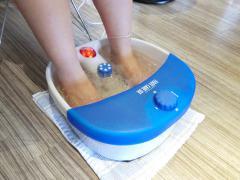足つぼ足もみ士_たけろぐ_足湯フットバスジャグジーと振動で足元から芯まで温まります