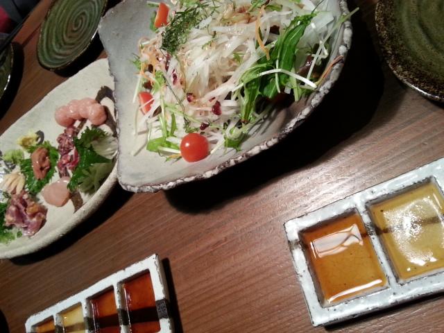 20130227鶏おさしみとサラダ