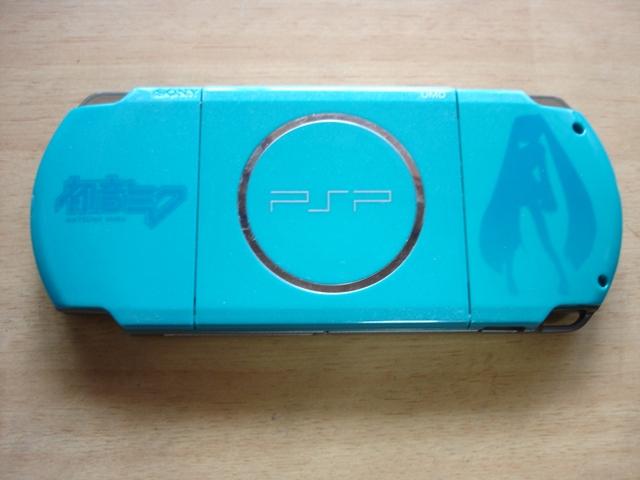 「初音ミク Project DIVA 2nd」仕様PSP・表
