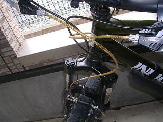 ギザ ブレーキ アウターケーブル1