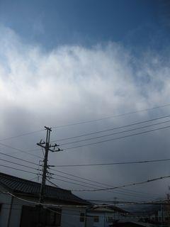 雲の壁が迫ってくる