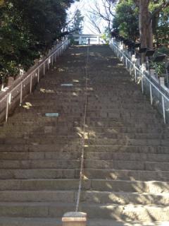 出世の階段下