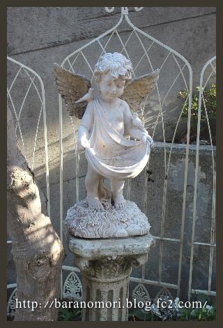 庭づくり 天使 スタチュー