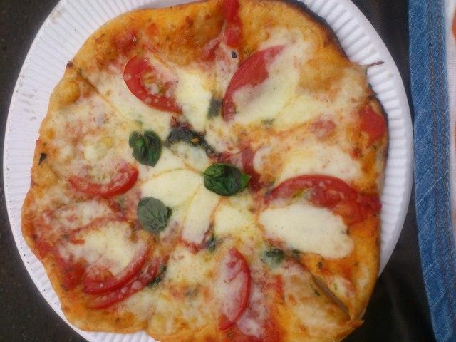 北大マルシェ石窯ピザ