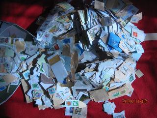 たくさんの切手