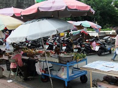 高雄 長明街市場2