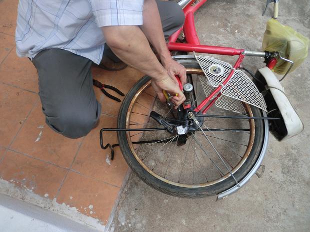 11.10.11自転車ブレーキ修理 (14)