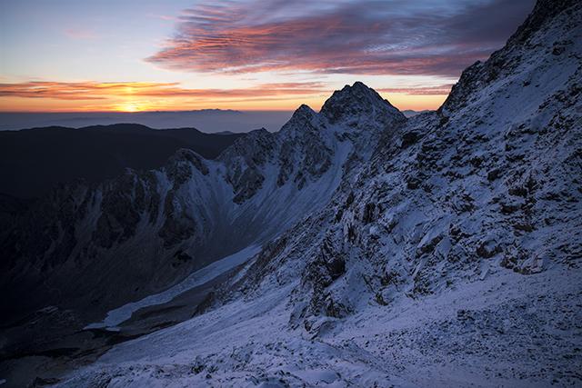 131031 新雪と朝焼け