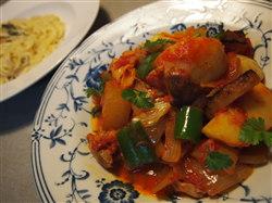 鶏と野菜のトマト煮