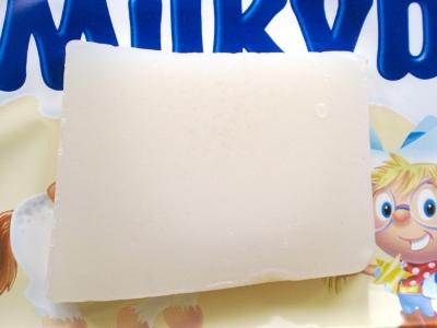 Milky Bar (ミルキーバー)