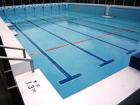 pool_201004192146.jpg