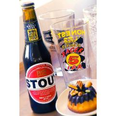 バレンタインビールとお菓子