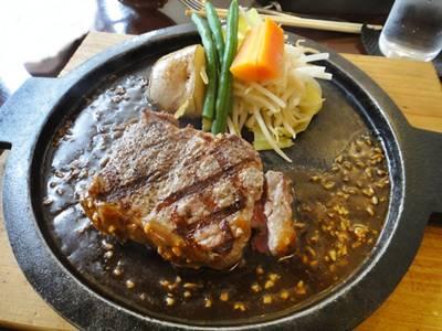 うぉるなっつ ステーキ