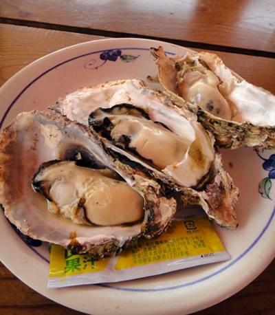 魚市場 牡蠣