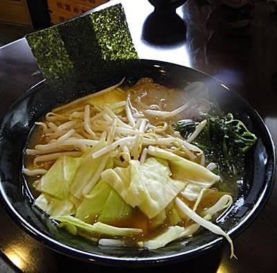 絆 野菜盛ラーメン