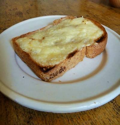 mado春 チーズトースト