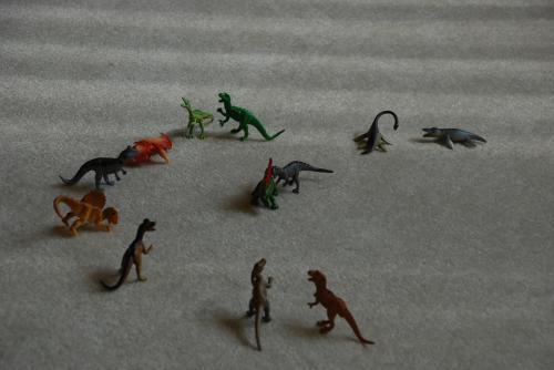恐竜のフィギア