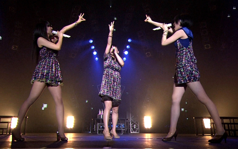 Perfume_m124.jpg