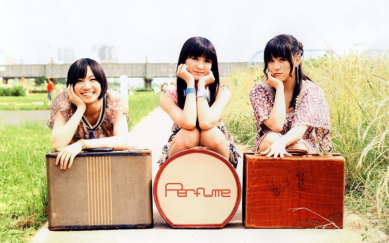 Perfume_m221.jpg
