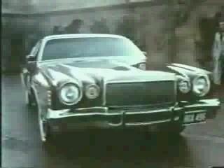 1975 Chrysler Cordoba.jpg